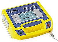 Портативный бифазный дефибриллятор с голосовыми командами